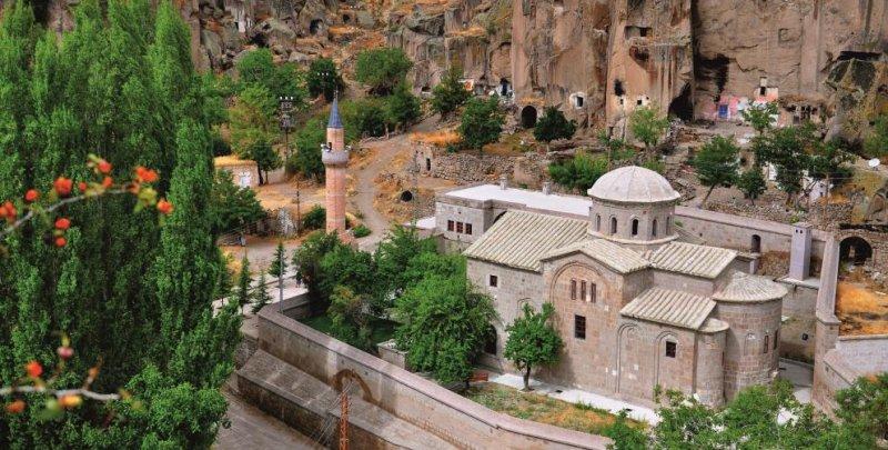https://www.izbilir.com/uploads/images/2018/07/aksaray-aziz-gregorius-kilisesi-15709753.jpg