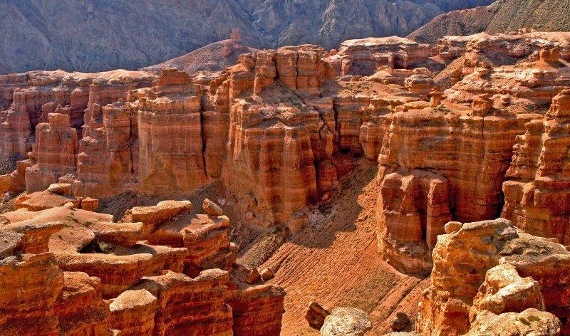 https://www.izbilir.com/uploads/images/2018/08/kazakistan-altyn-emel-national-park-1201424.jpg