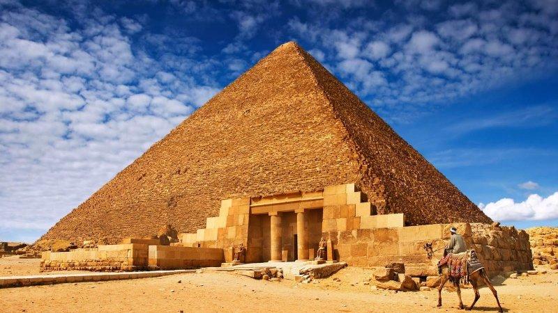https://www.izbilir.com/uploads/images/2018/08/keops-piramidi-9668042.jpg