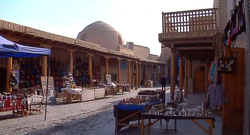 https://www.izbilir.com/uploads/images/2018/08/ozbekistan-buhara-carsilari-42849847.jpg