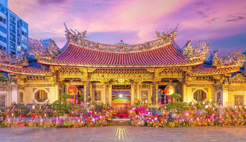 https://www.izbilir.com/uploads/images/2018/08/tayvan-longshan-temple-64213674.jpg