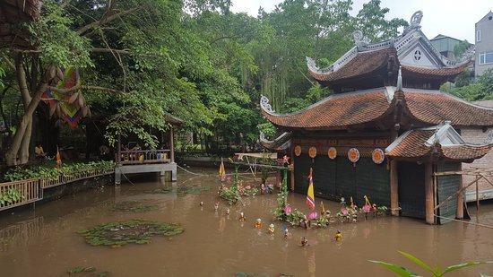https://www.izbilir.com/uploads/images/2018/08/vietnam-etnoloji-muzesi-1363028.jpg