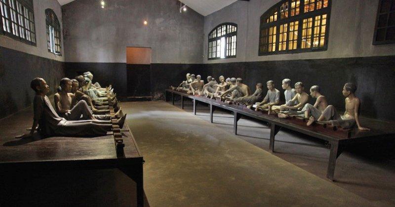https://www.izbilir.com/uploads/images/2018/08/vietnam-hoa-lo-cezaevi-muzesi-95222022.jpg