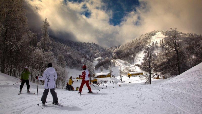 https://www.izbilir.com/uploads/images/2019/01/kartalkaya-kayak-merkezi-2-15692655.jpg